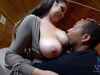 Victoria is Full of Milk, Xavier Drinks Up
